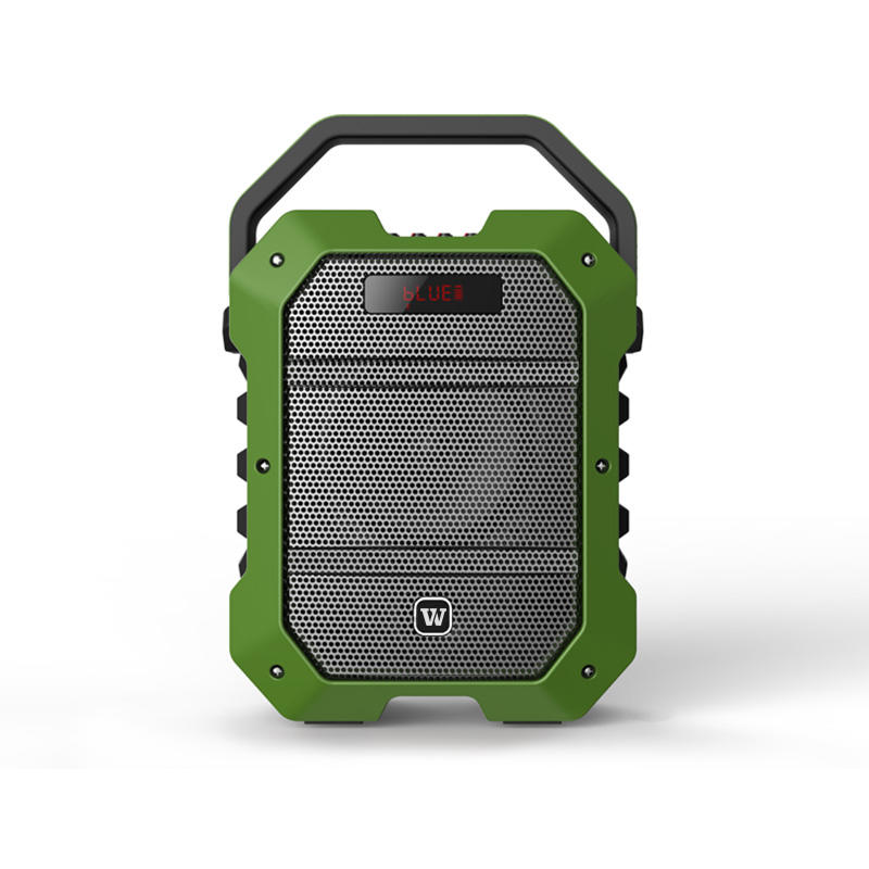 Customers try K10 high-power karaoke bluetooth speaker at the exhibition