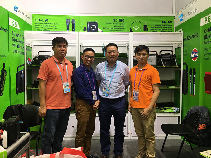 Malaysia client placed 1000pcs trail order at Canton fair